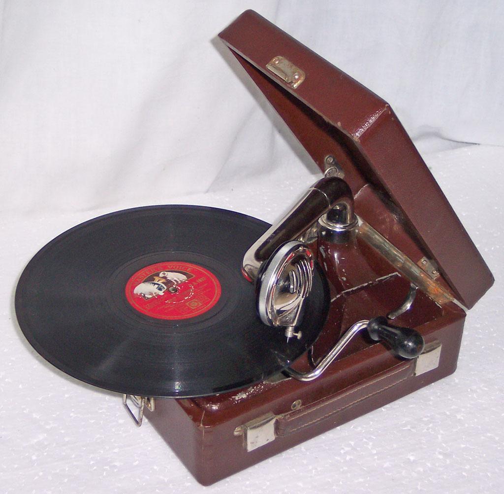 gramofon_gramophone_ag_8.jpg